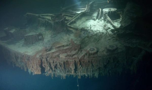 В Сети появились подводные фото затонувшего Титаника