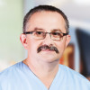 Dr. Tomasz Muszynski