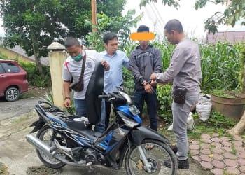 Pelaku AAW alias Apri saat ditangkap Tekab Sat Reskrim Polres Siantar