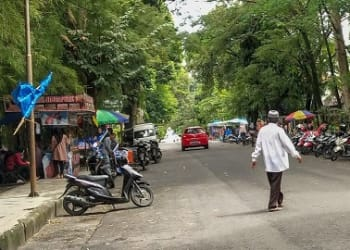 Lokasi Parkir Seputaran Lapangan Merdeka Jalan WR Supratman