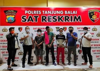 Sindikat ketiga pelaku curannor diapit Tekab Sat Reskrim Polres Tanjung Balai