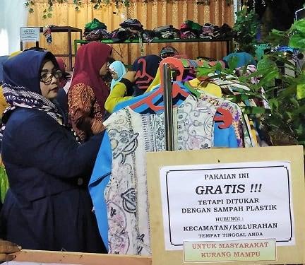 Masyarakat Kota Tanjung Balai ramai menghadiri kegiatan yang diselenggarakan DLH