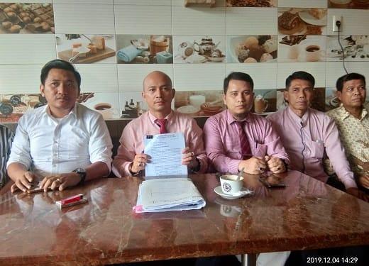 Ranto Sibarani SH dan Rekannya selaku Tim Penasehat Hukum Warga Kecamatan