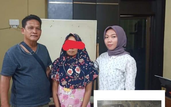 Pelaku Sul dan Barang Bukti diapit Tim Opsnal Satres Narkoba Polres Tanjung Balai