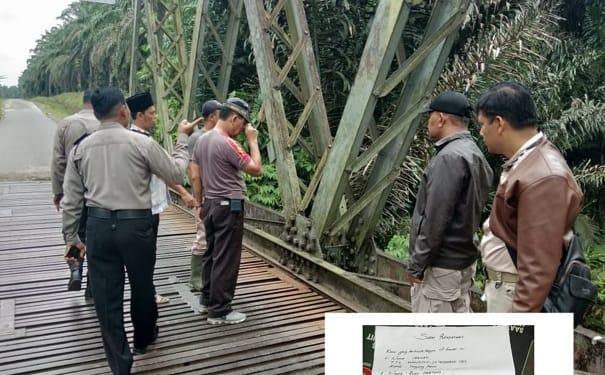 Kapolsekta Tanah Jawa Kompol Jonner Purba bersama personilnya saat melakukan olah TKP di jembatan Sungai Bahkisat dan Photo Surat Pernyataan Keluarga Korban