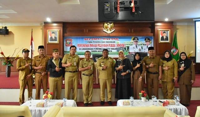 Wali Kota Tanjung Balai H,M Syahrial saat photo bersama