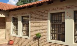 Townhouse For Sale in Van Der Hoff Park, Potchefstroom