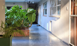 Apartment For Sale in Gardens, Cape Town