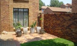 Apartment To Rent in Eco Park Estate, Centurion