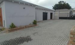 Townhouse For Sale in Overbaakens, Port Elizabeth