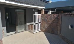 Townhouse For Sale in Chroompark, Mokopane