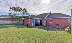 Freehold To Rent in Fairview, Port Elizabeth
