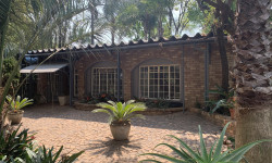 Apartment To Rent in Donkerhoek A H, Pretoria