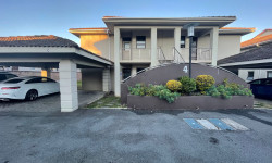 Townhouse To Rent in Nahoon, East London
