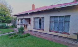 House For Sale in Kroonstad Central, Kroonstad