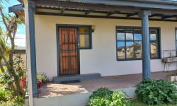House To Rent in Vredenburg, Vredenburg