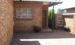 House To Rent in Middelburg South, Middelburg