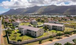 Apartment To Rent in Sandbaai, Hermanus