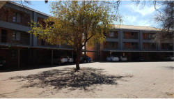 Flat For Sale in Onverwacht, Lephalale