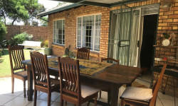 Simplex To Rent in Eldoraigne, Centurion