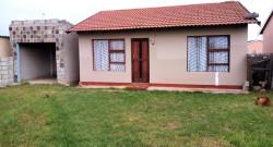 House For Sale in Motherwell Nu 7, Port Elizabeth