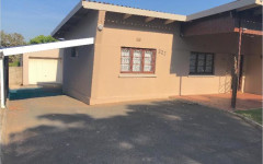House For Sale in Shelly Beach, Margate