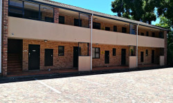 Apartment For Sale in Grahamstown Central, Grahamstown