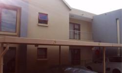 Townhouse To Rent in Sugar Bush Estate, Krugersdorp