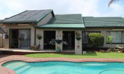 House For Sale in Dan Pienaarville, Krugersdorp