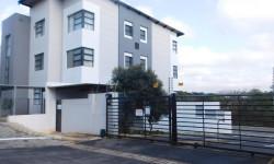 Apartment For Sale in Athlone Park, Amanzimtoti