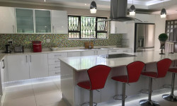 House To Rent in Kloof, Kloof