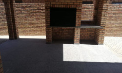Townhouse To Rent in Hillcrest, Kimberley