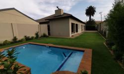 House For Sale in Waverley, Pretoria