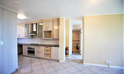Apartment To Rent in Camps Bay, Cape Town