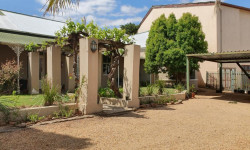 Apartment For Sale in Riversdale, Riversdale