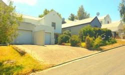 Duplex For Sale in Cloetesville, Stellenbosch
