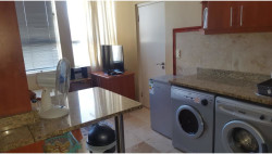 Bachelor Flat For Sale in Paarl Central, Paarl