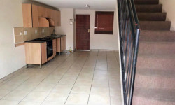 Loft For Sale in Witbank & Ext, Witbank