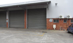 Warehouse For Sale in New Germany, Pinetown