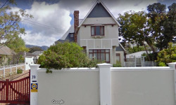 House For Sale in Heathfield, Cape Town