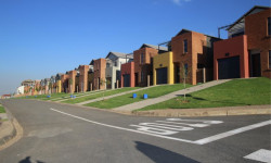 Cluster For Sale in South Hills, Johannesburg