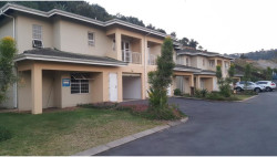 Townhouse For Sale in Northdene, Queensburgh