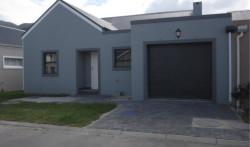 House For Sale in Sandbaai, Hermanus