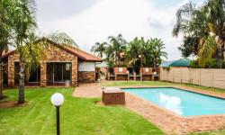 Townhouse For Sale in Moreletapark, Pretoria