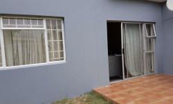Apartment For Sale in Menlyn, Pretoria
