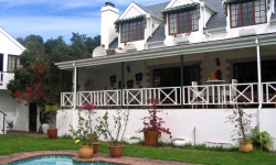 House To Rent in Belvidere, Knysna