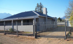 House For Sale in Rouxpark, Worcester