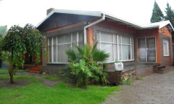 House For Sale in Presidentia, Kroonstad