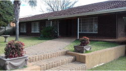 House For Sale in Arborpark, Newcastle