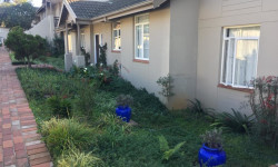 House To Rent in Hillcrest Central, Hillcrest